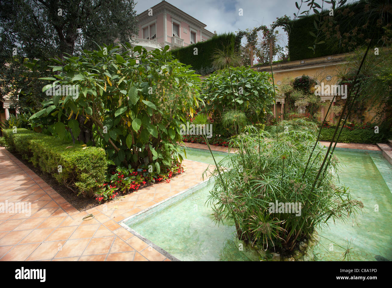 Villa Ephrussi de Rothschild: spanischer Garten Stockfoto, Bild ...