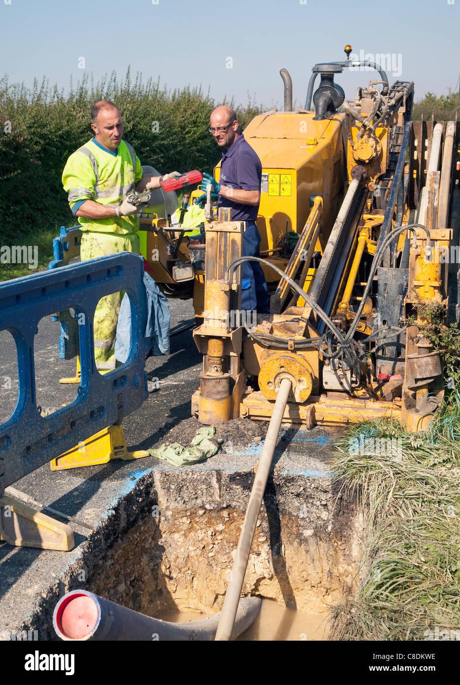 neue wasserleitungen verlegen stockfoto, bild: 39638970 - alamy