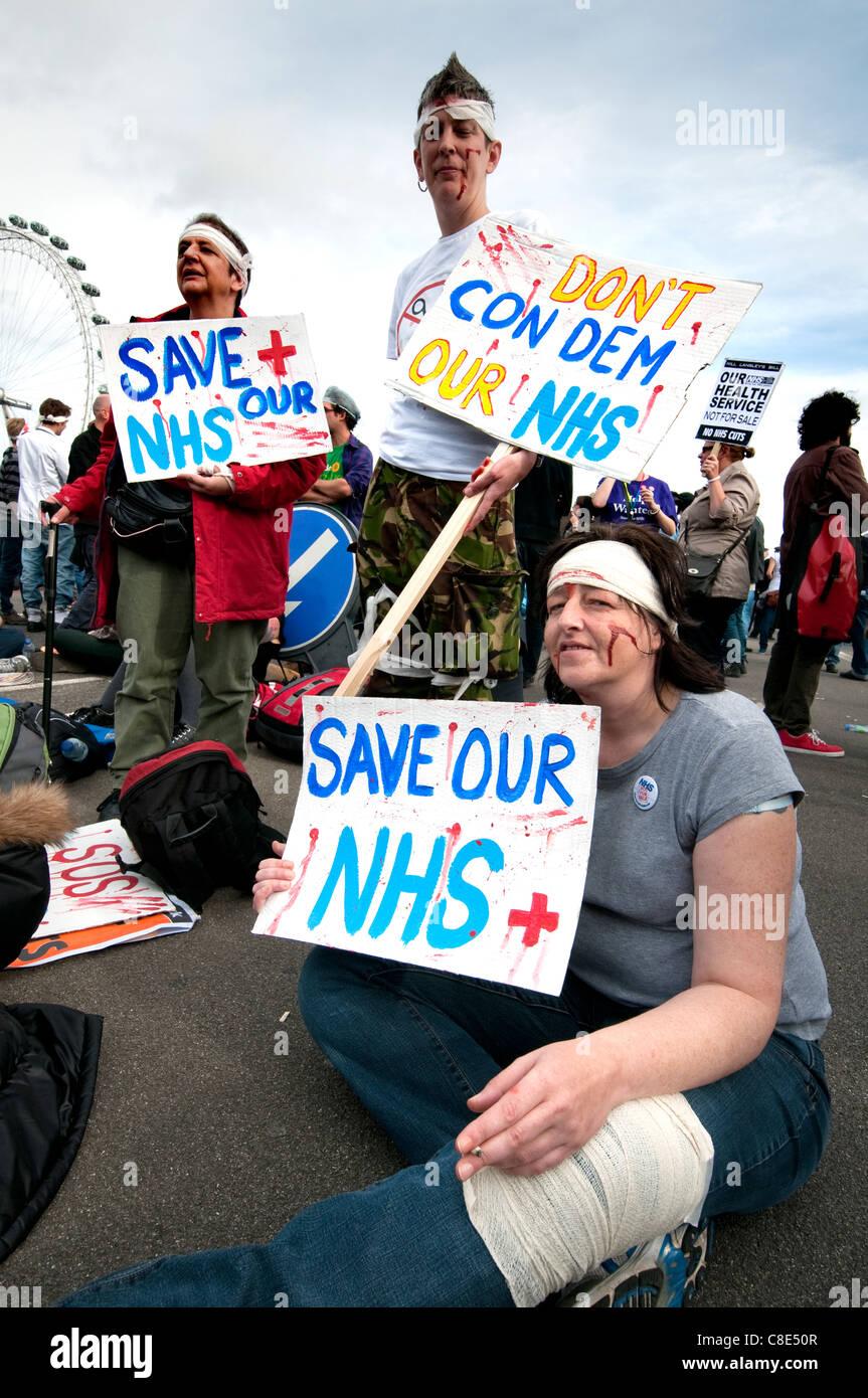 """Stop der Bill"" Protest gegen National Health Service schneidet London Oktober 2011 Stockbild"