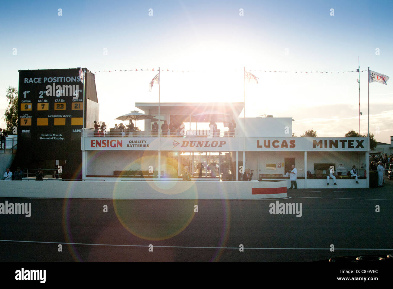 Tribüne beim Goodwood Revival Stockbild
