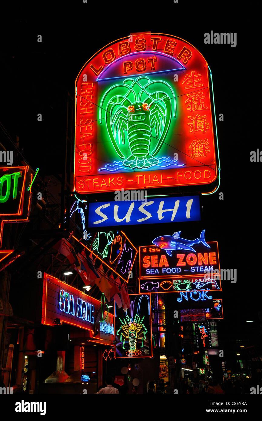 Nachtleben, Walking Street, Pattaya, Thailand, Asien, Neon-Leuchten Stockbild