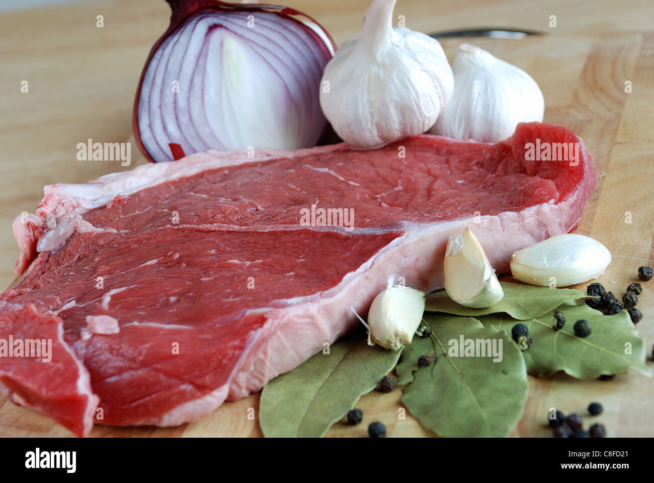 Rohes Rindfleischsteak Stockbild