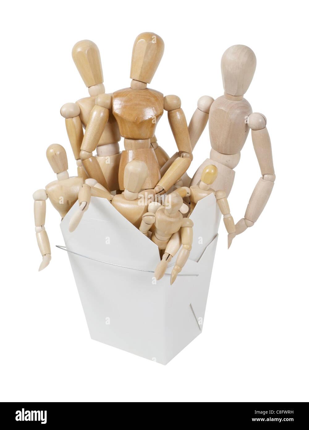 Eine Gruppe von Holzkunst-Modellen, die Menschen in einem gefalteten herausnehmen Box - Pfad enthalten Stockbild