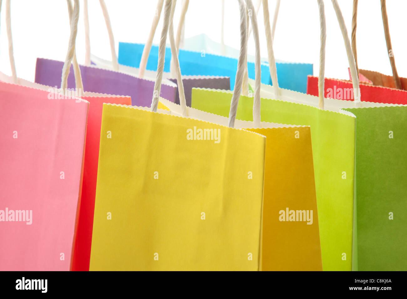 Nahaufnahme von bunten Einkaufstüten Stockbild