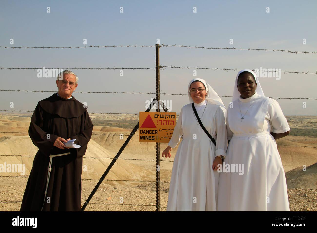 Taufe des Herrn Urlaubs in Qasr al Yahud vom Fluss Jordan Jordan-Tal Stockbild