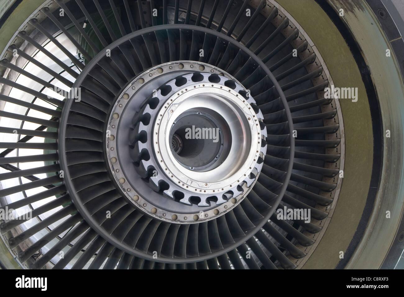 Boeing 757 Fan-jet Triebwerkswartung Stockbild
