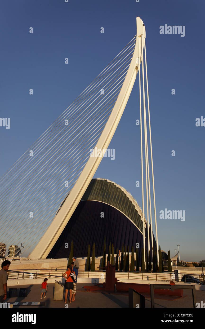 Agora, Puente de l Assut, Brücke, Stadt der Wissenschaften, Calatrava, Valencia, Spanien Stockbild