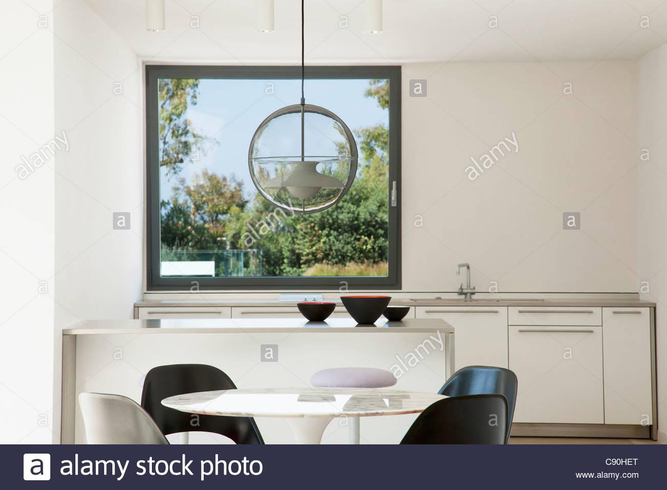 Fantastisch Tisch Und Stühle Im Modernen Küche