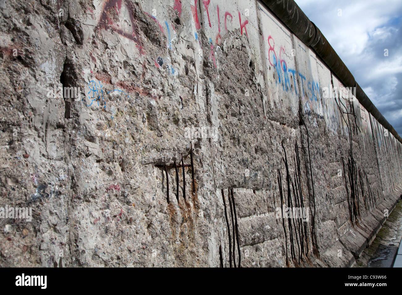 Der längste erhaltene Teil der Berliner Mauer an der Topographie des Terrors am Standort der ehemaligen Nazi Stockbild