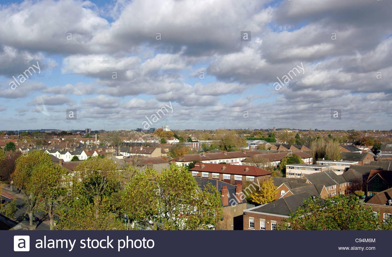 Londoner Nordwesten Horizont GV Gesamtansicht NW-Nord-West Gebietsstrukturen strukturieren Gebäude Haus Häuser Stockbild