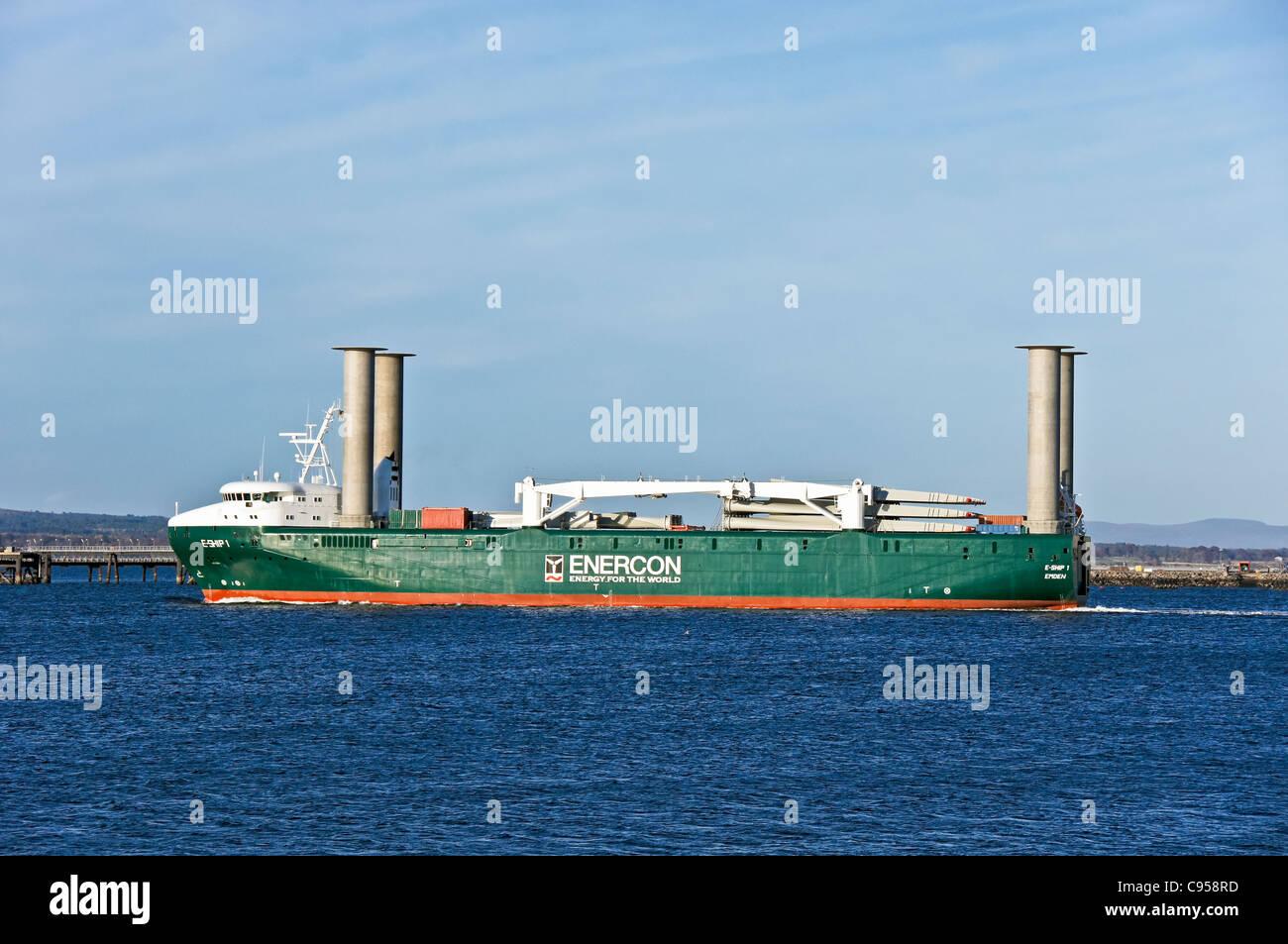 Enercon E Ship 1 Macht Seinen Weg Vorbei Nigg Im Besitz Gegenüber