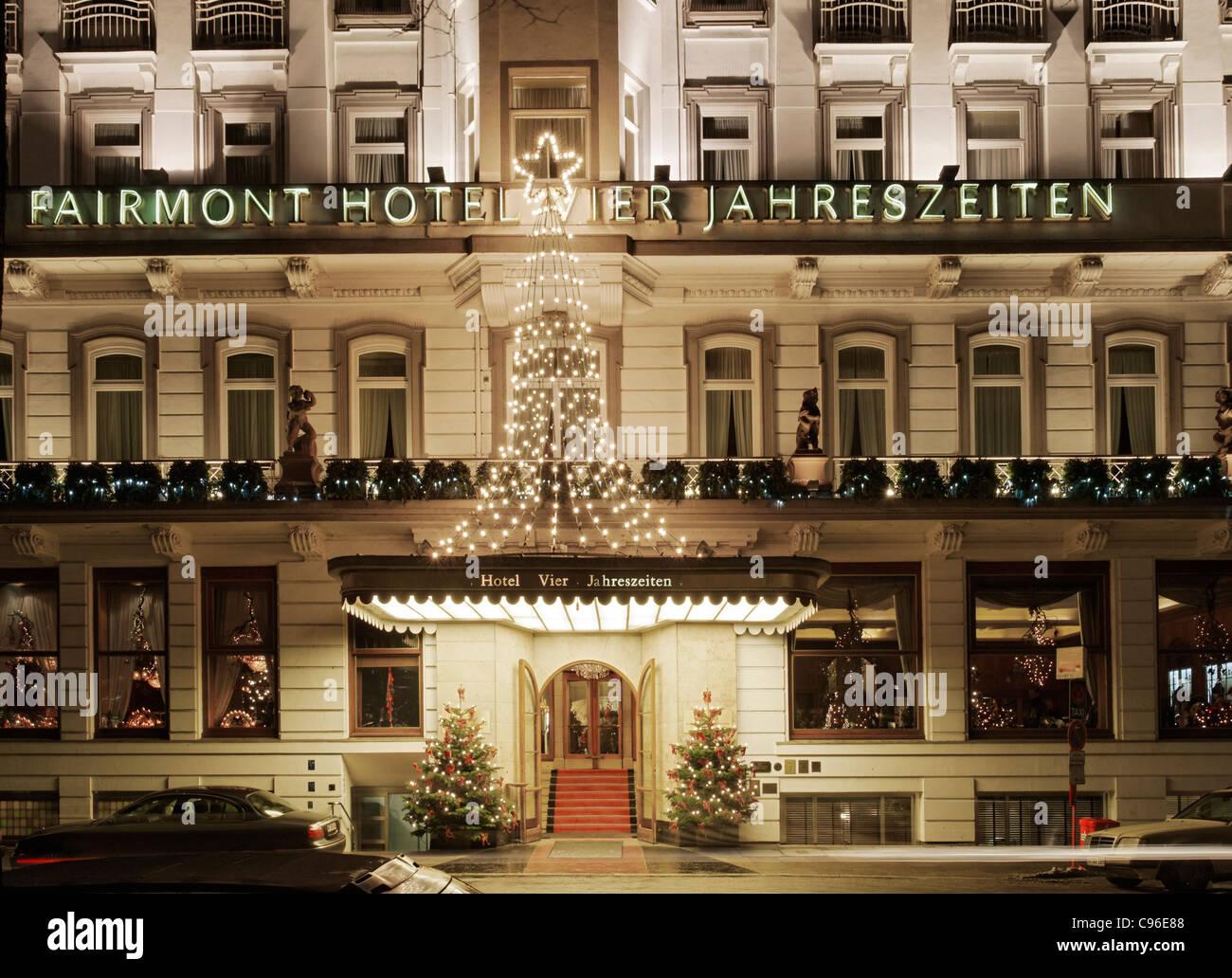Fassade Des 5 Sterne Fairmont Hotel Vier Jahreszeiten Ballindamm
