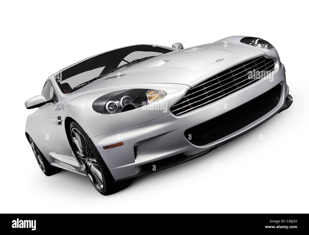 2009-Aston Martin DBS-Luxus-Auto. Isoliert mit Beschneidungspfad auf weißem Hintergrund. Stockbild