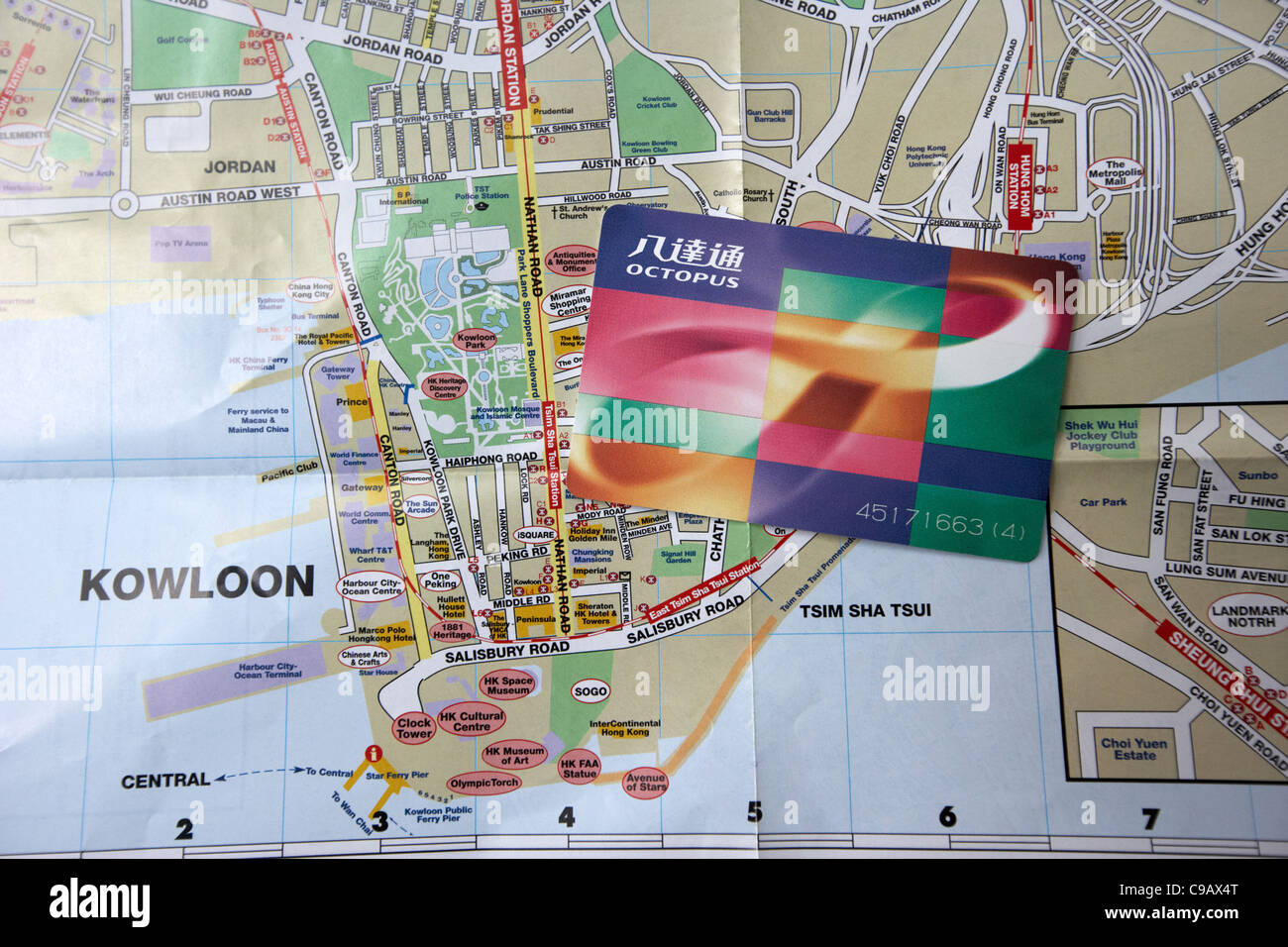 Touristenkarte von Kowloon Hong Kong mit Octopus Reisen Karte Stockbild