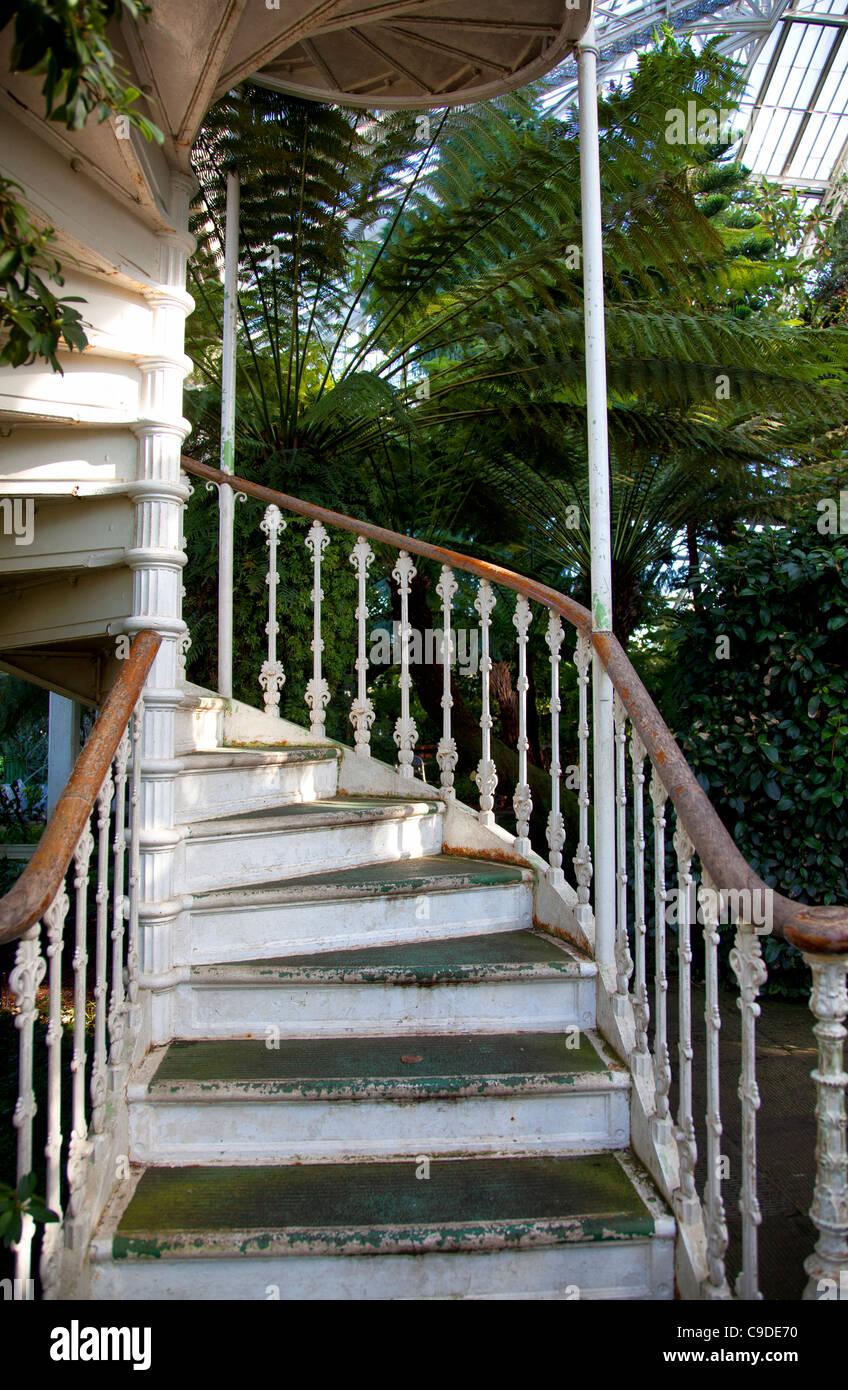 Gemassigten Haus Gewachshaus Treppe In Kew Gardens In London