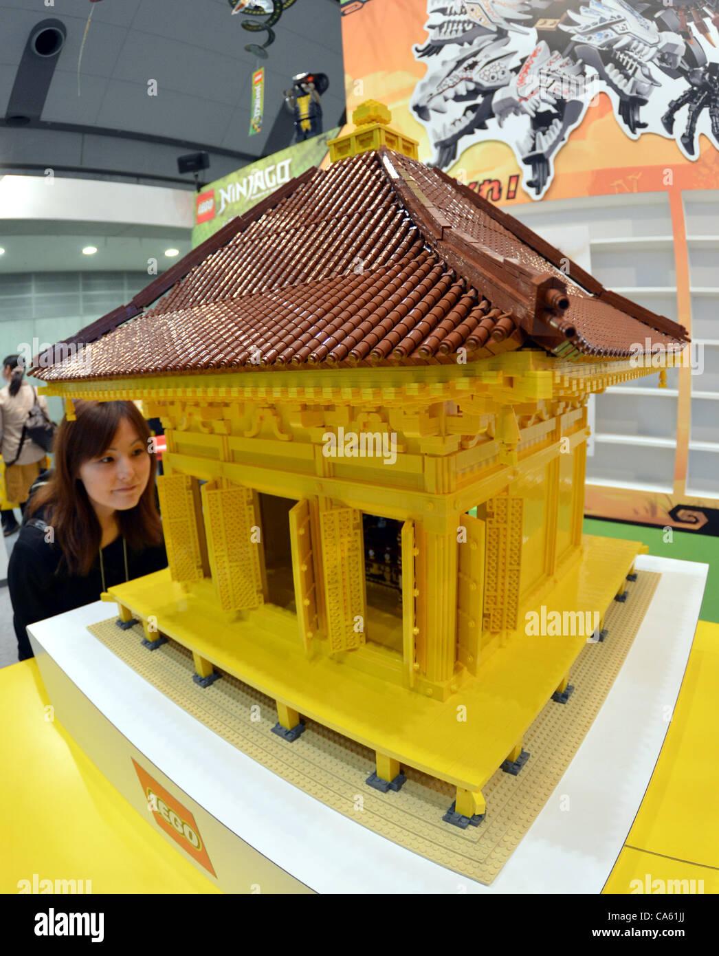 Lego replica stockfotos lego replica bilder alamy for Designermobel nachbau england