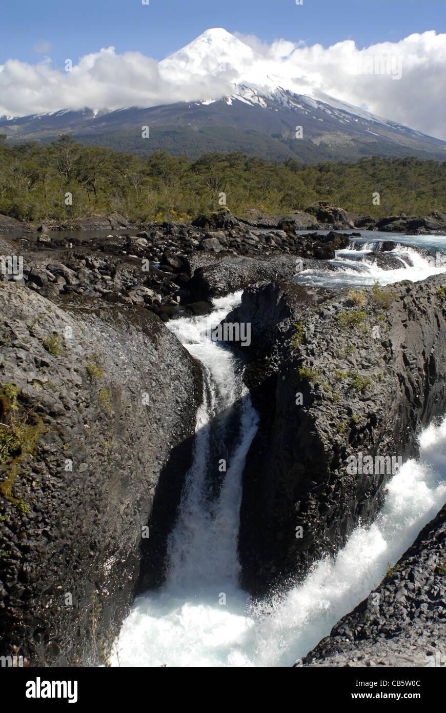 Petrohue Falls, Vicente Perez Rosales Nationalpark, Lake District, Chile Stockbild
