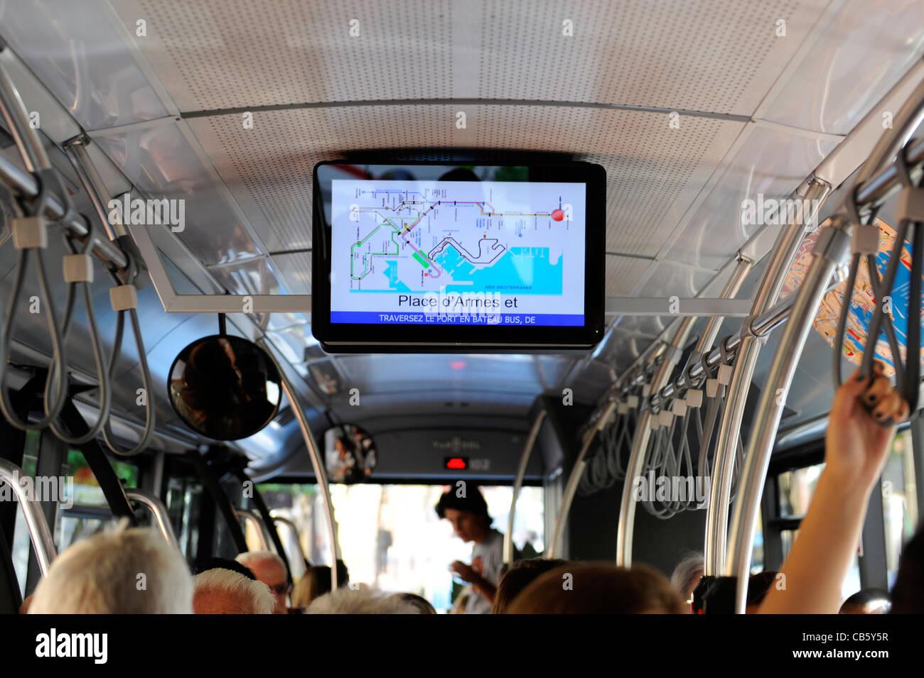 Öffentliche Verkehrsmittel Bus Computer Monitor Monte Carlo Monaco Fürstentum Französisch Riviera Stockbild