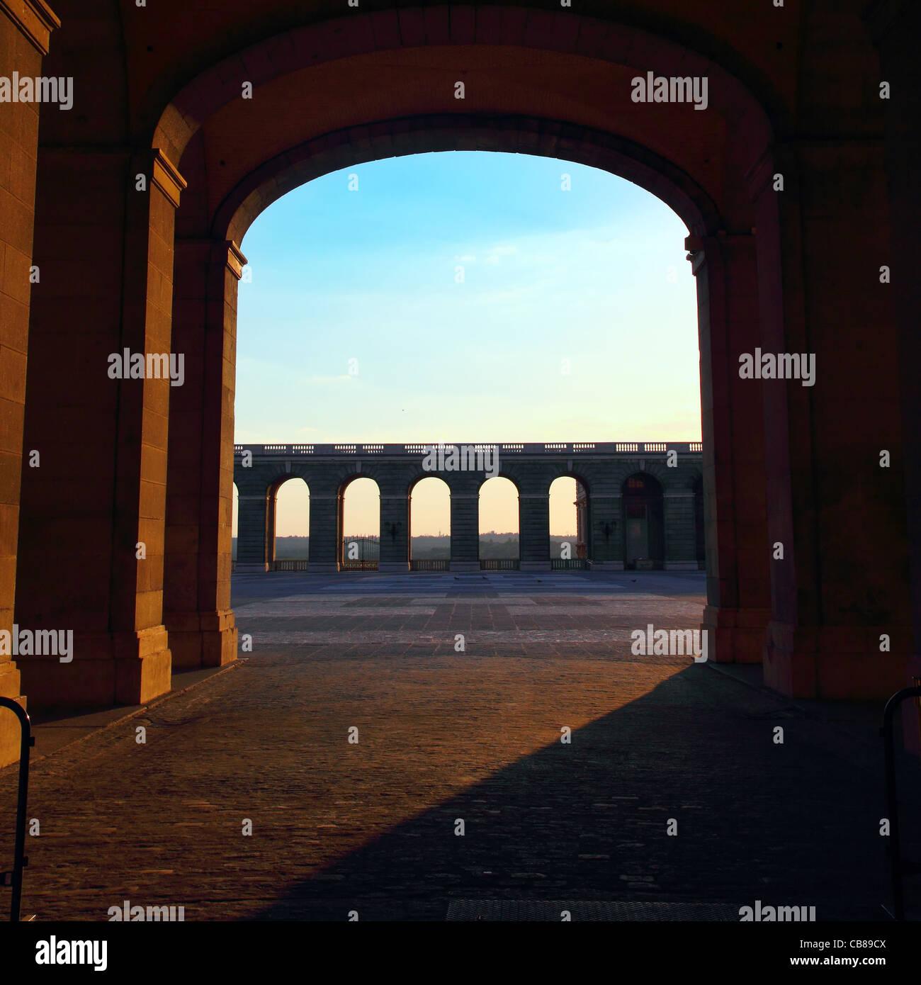 offene Tür im Palacio de Oriente in madrid Stockbild