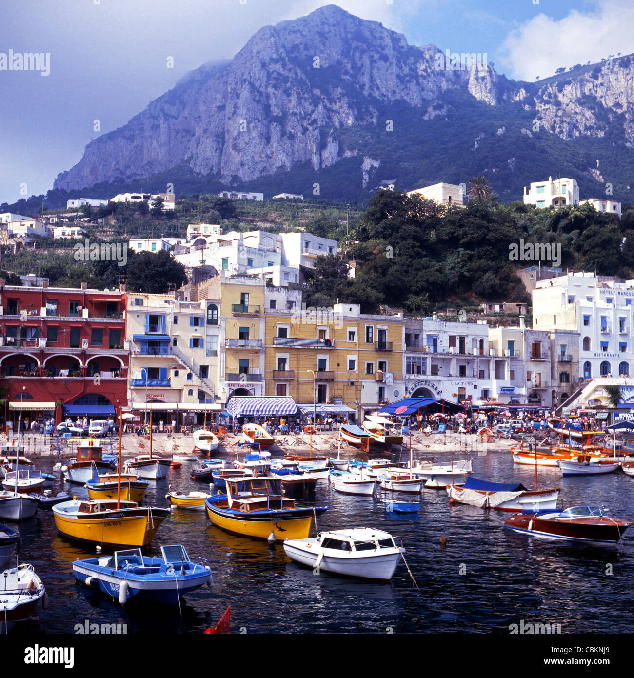 Capri, Italy - Capri Boat Tours - Info & Photos |Capri Italy Golf