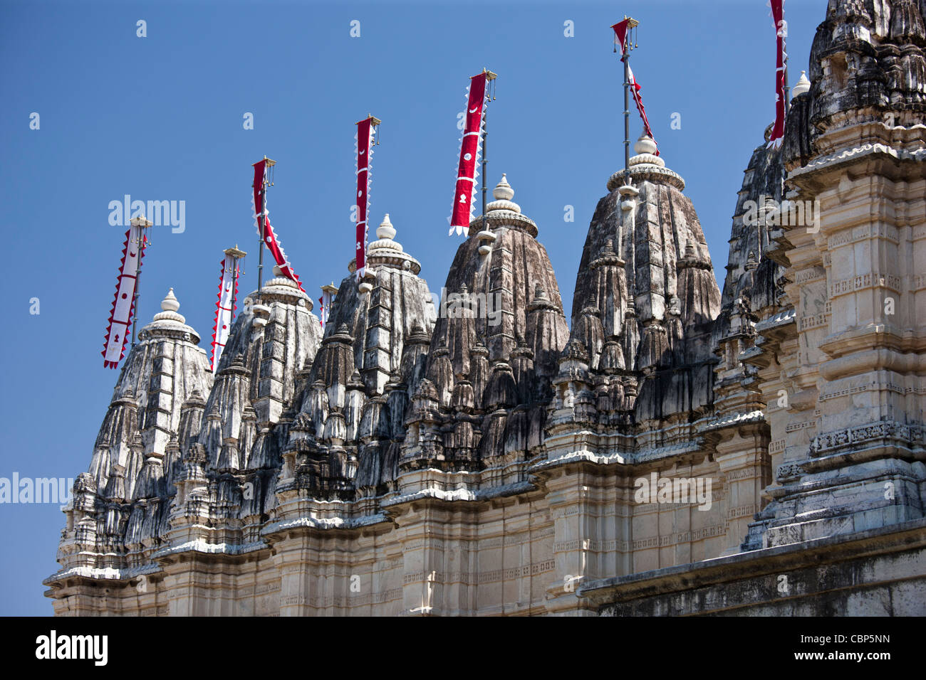 Ranakpur Jain-Tempel in Gegenden Garcias in Pali Bezirk von Rajasthan, Westindien Stockbild