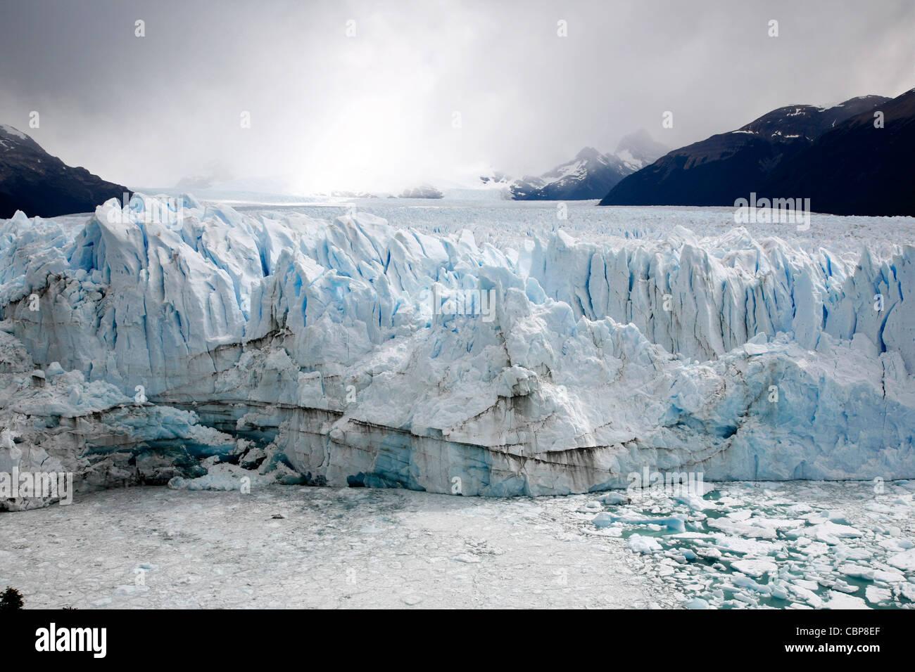 Perito Moreno-Gletscher. Los Glaciares National Park, Bereich El Calafate, Provinz Santa Cruz. Patagonien. Argentinien. Stockbild