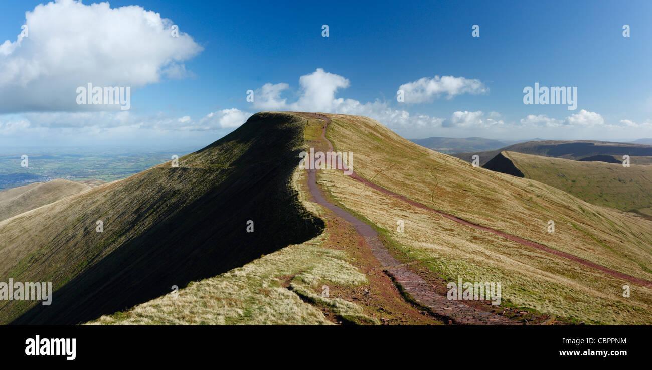 Pen y Fan vom Mais Xiaodan Brecon Beacons National Park. Powys. Wales. VEREINIGTES KÖNIGREICH. Stockbild