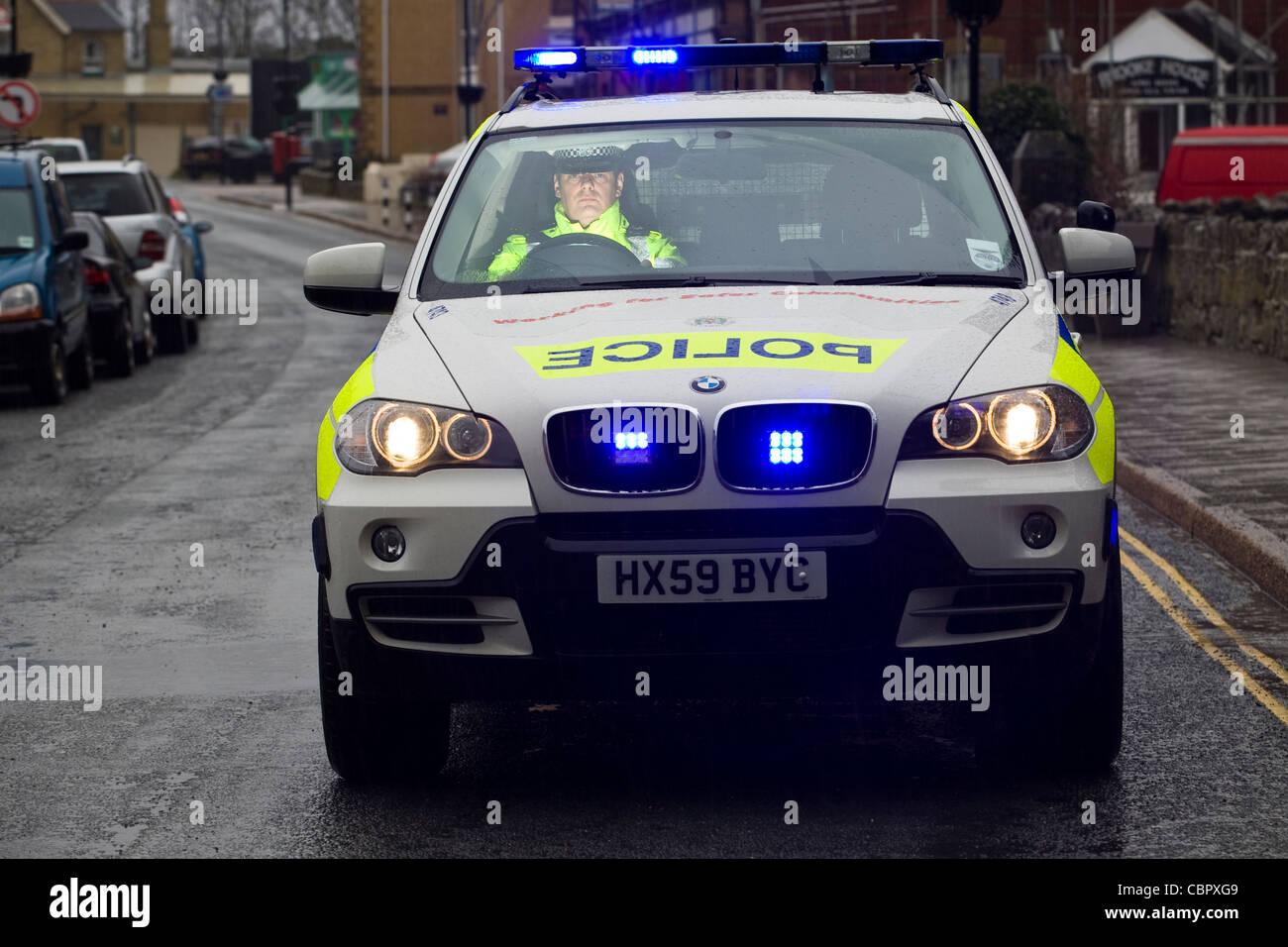 Verkehr Polizei-Auto trinken treibende Weihnachtsaktion Officer BMW ...