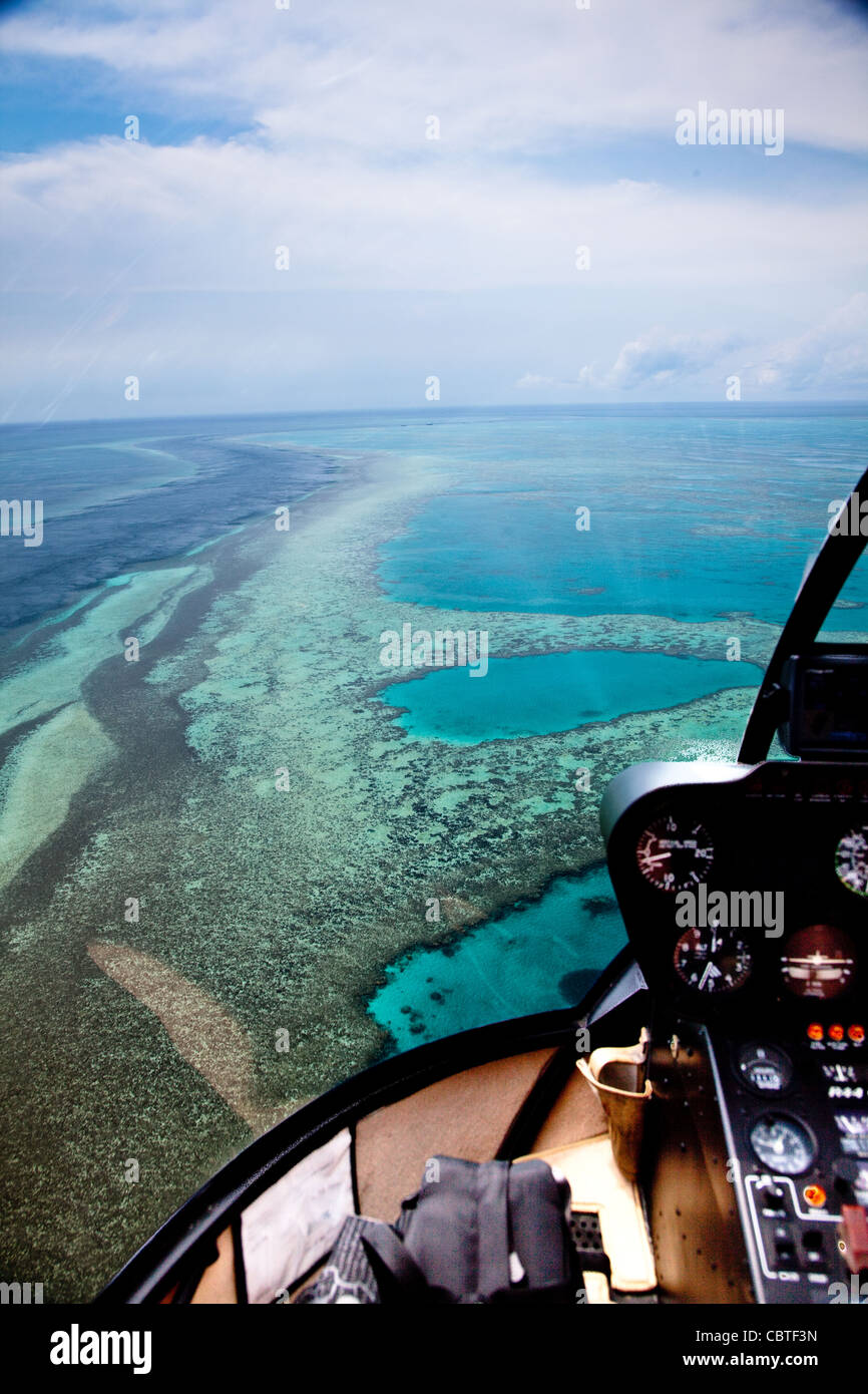 Good Luftaufnahmen Mit Helikopter Innenraum über Die Atemberaubende Great  Barrier Reef, Australien.