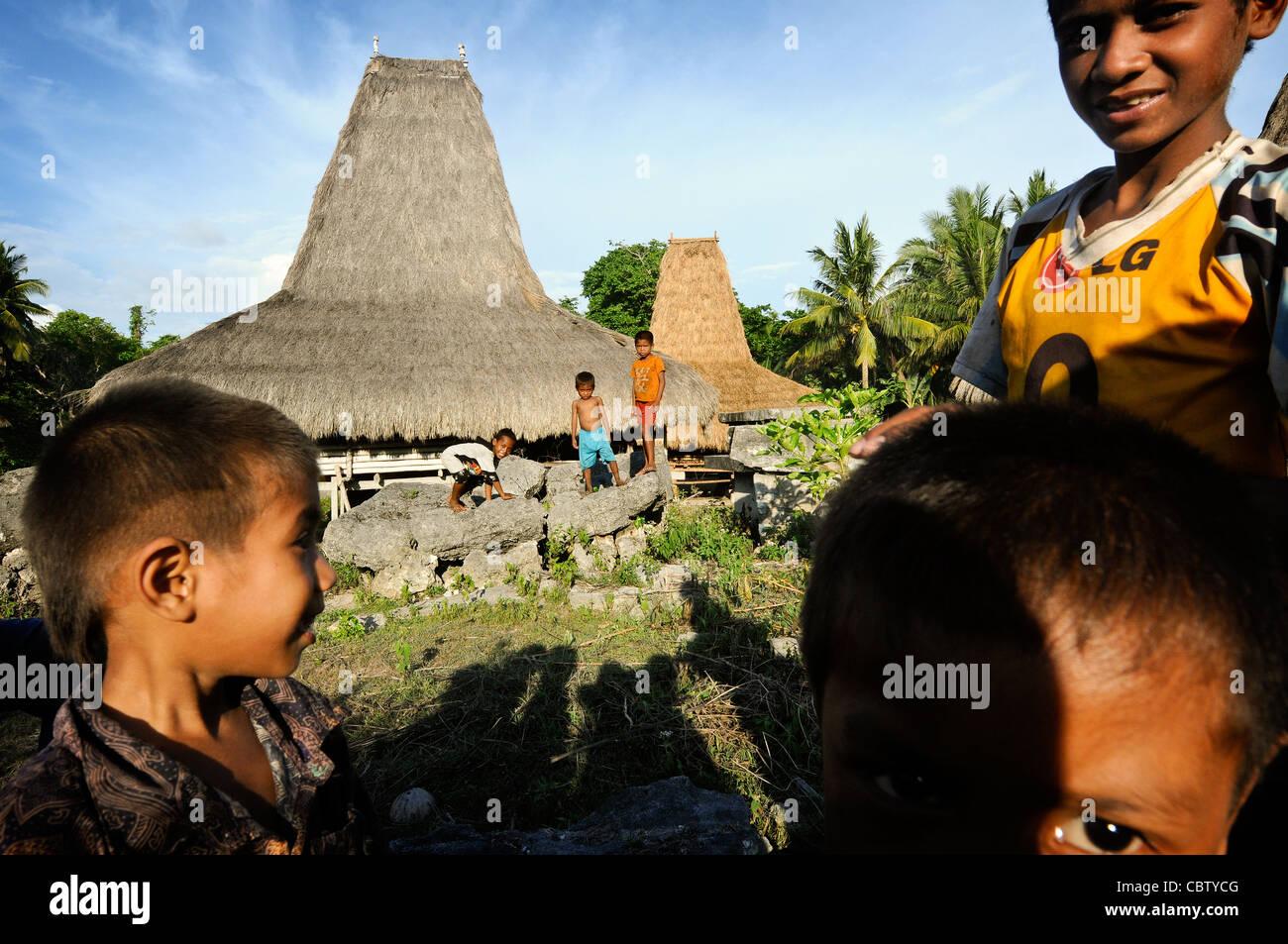 Ein Sumbanesen Dorf in Delo, Indonesien Stockbild
