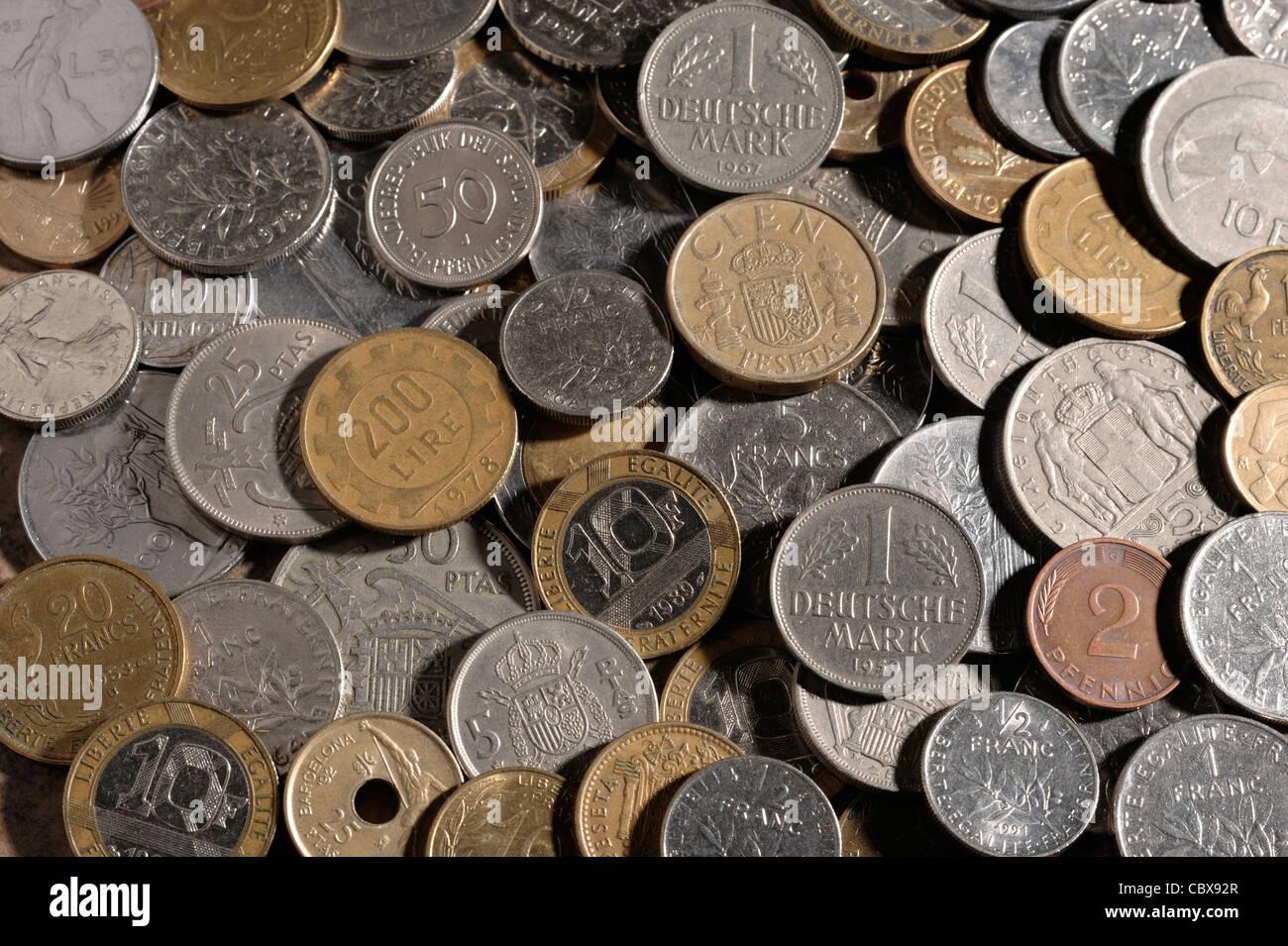 Münzen aus Europa vor dem Euro Stockbild