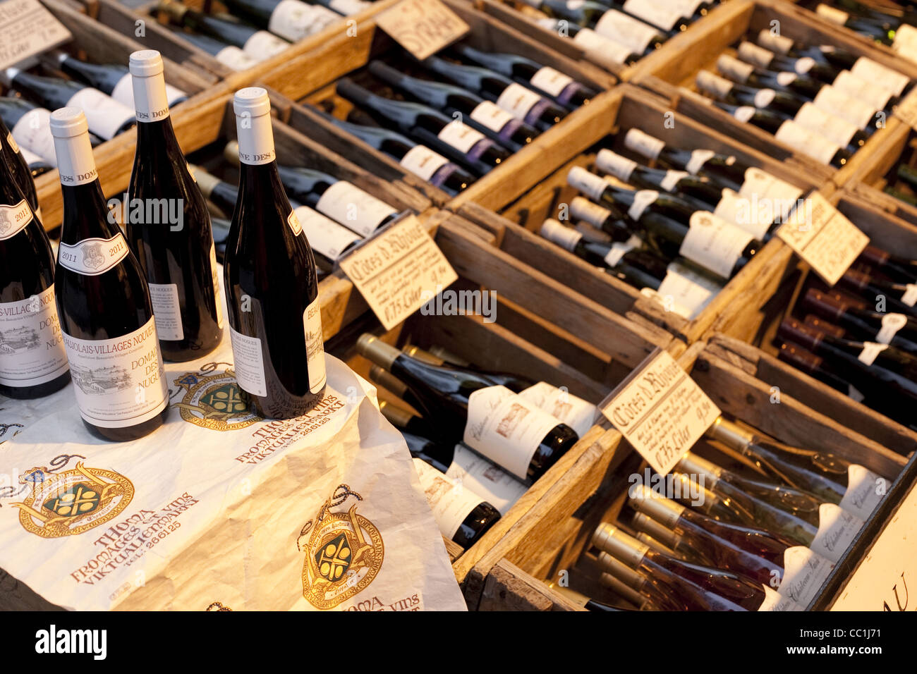Nett Weinflasche Weihnachtsbaum Rahmen Zum Verkauf Fotos ...