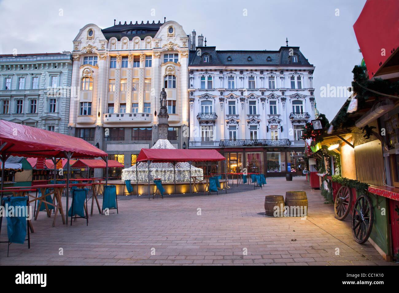 Weihnachtsmarkt Morgen.Bratislava Weihnachtsmarkt In Morgen Stockfoto Bild 41833484 Alamy