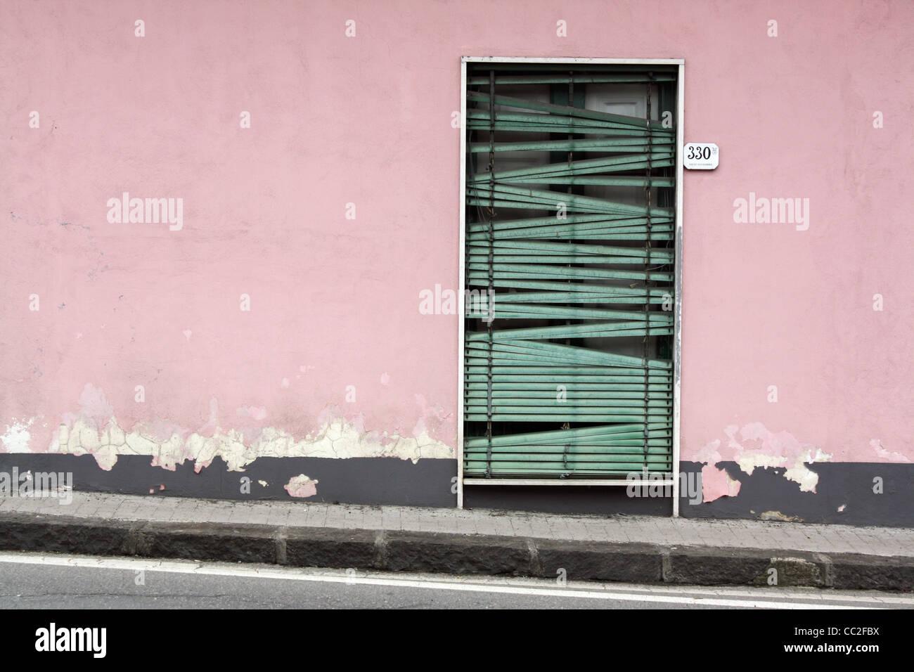 Nett Framing Eine Wand Mit Einer Tür Zeitgenössisch ...