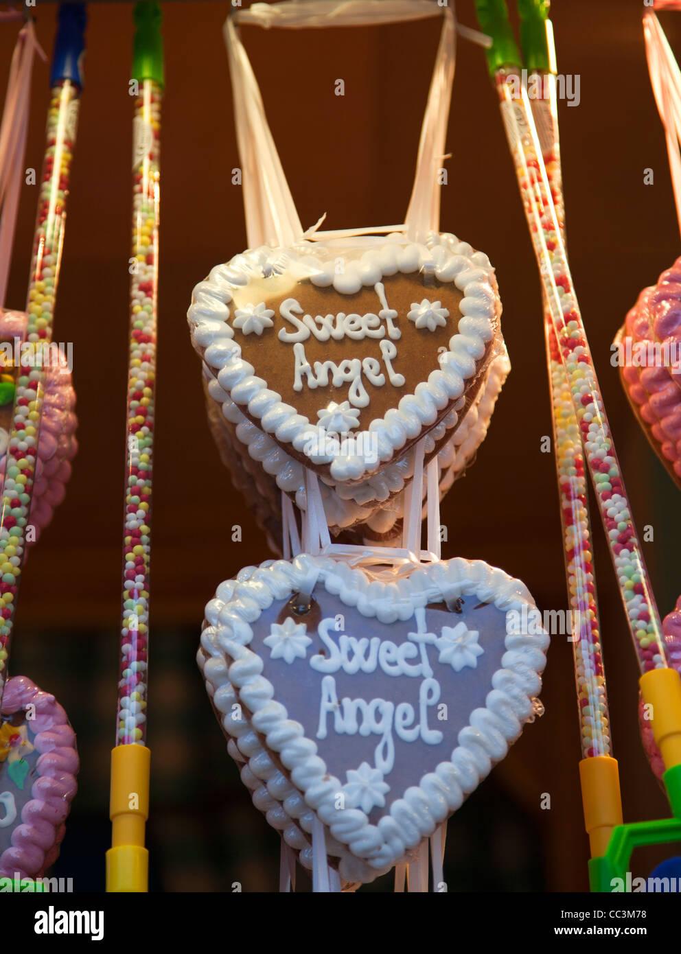 Süße Engel Lebkuchen Keks Herzen Stockfoto Bild 41878348 Alamy