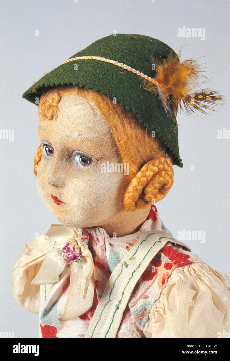 Sammeln Spielzeug des 20. Jahrhunderts. Lpine Puppe. 30/40 Jahren. Höhe 50 Cm. insbesondere Stockfoto