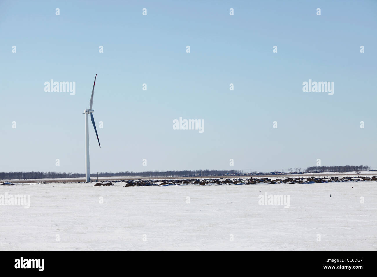 Windgenerator auf Ebene, Xianghai National Nature Reserve, Baicheng, Jilin, China Stockbild
