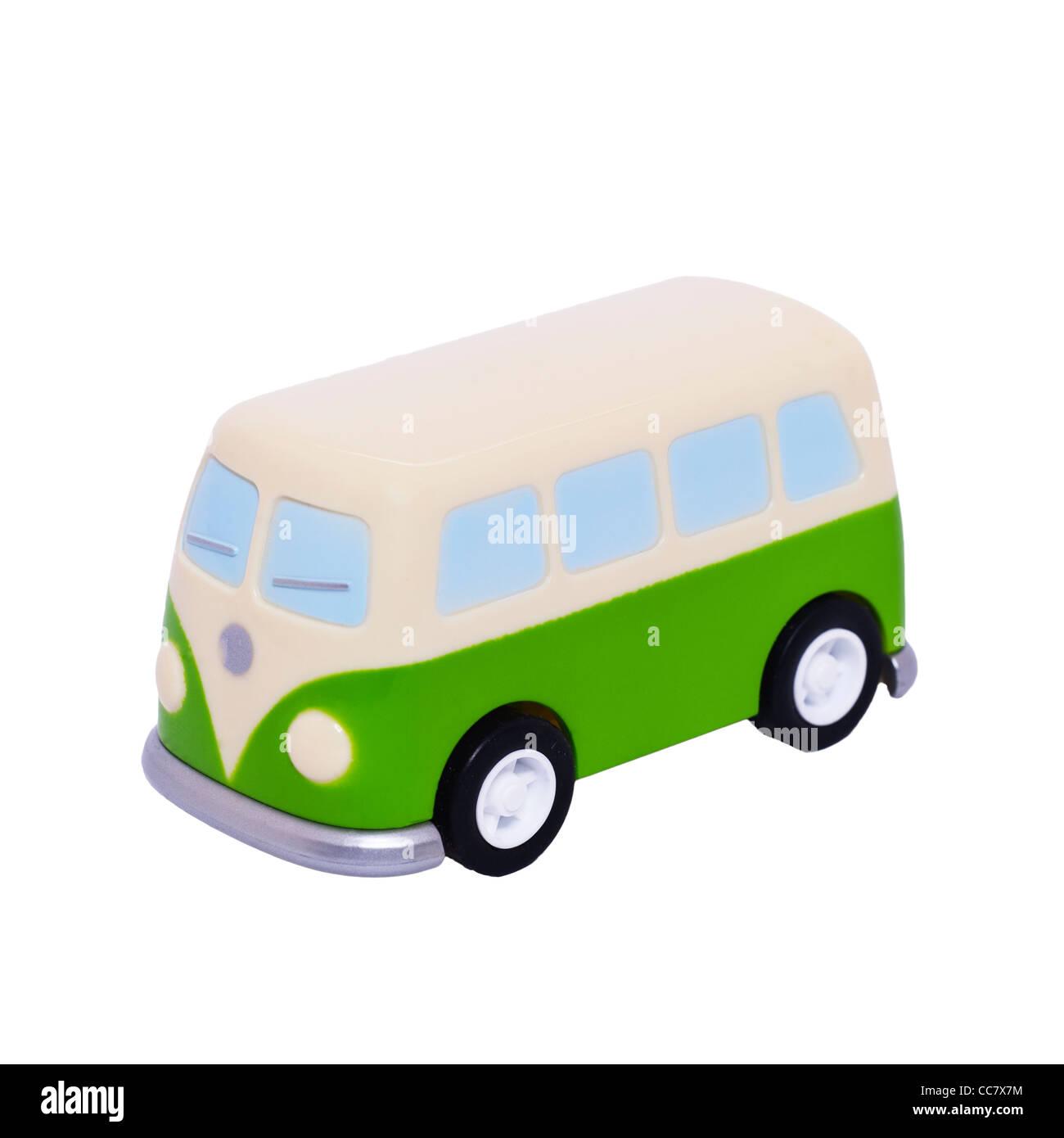 Modell Spielzeug VW Campingbus auf weißem Hintergrund Stockbild