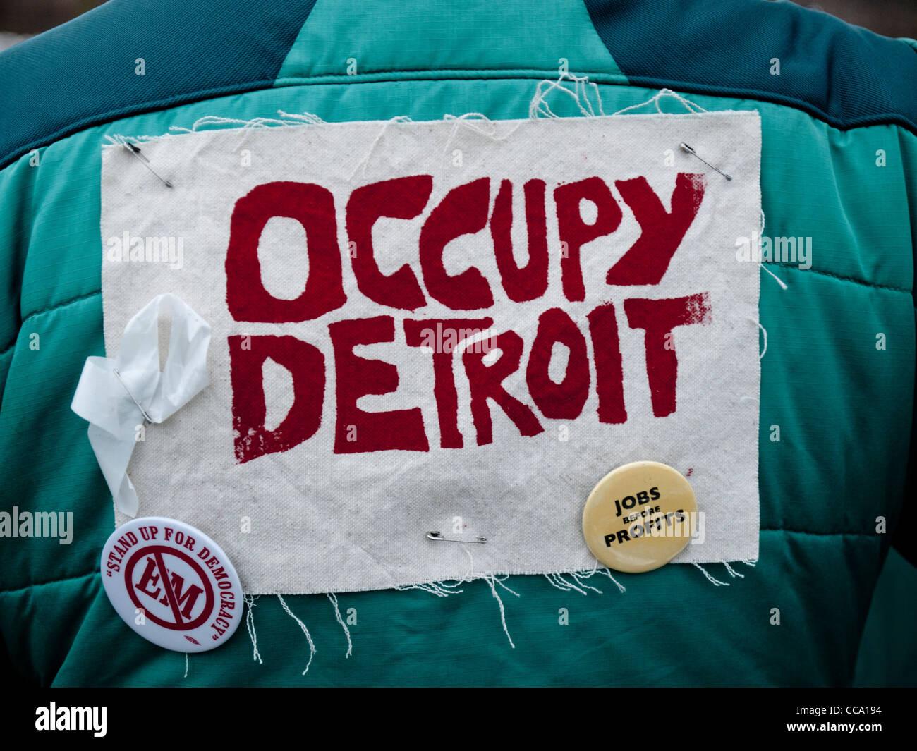 """Demonstrant in Ann Arbor Michigan 16. Januar 2012 """"Besetzen Detroit"""" Mitglied während eines Marsches Stockbild"""