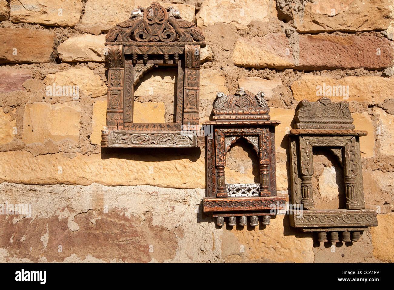 Bilderrahmen zum Verkauf als Andenken an eine Wand in Rajasthan ...