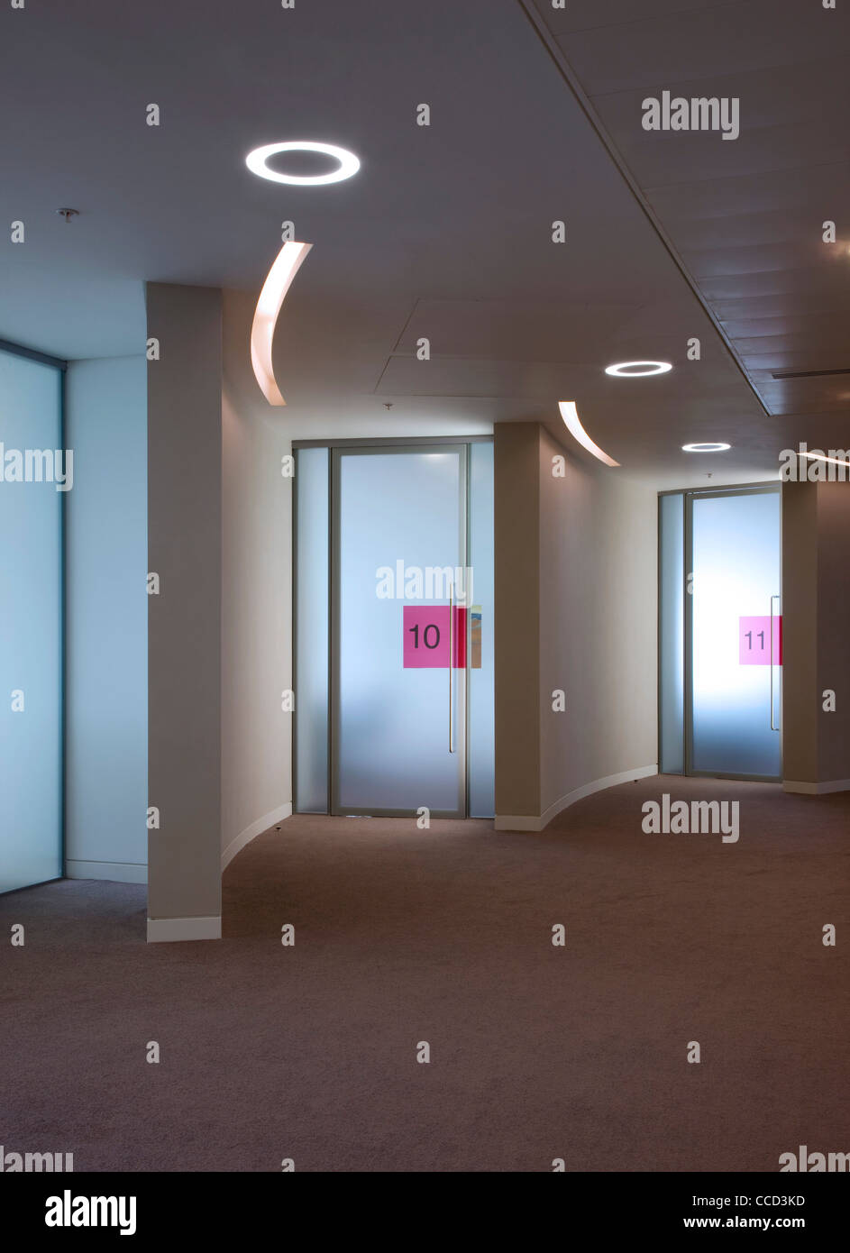 Glass Doors Frosted Stockfotos & Glass Doors Frosted Bilder - Alamy