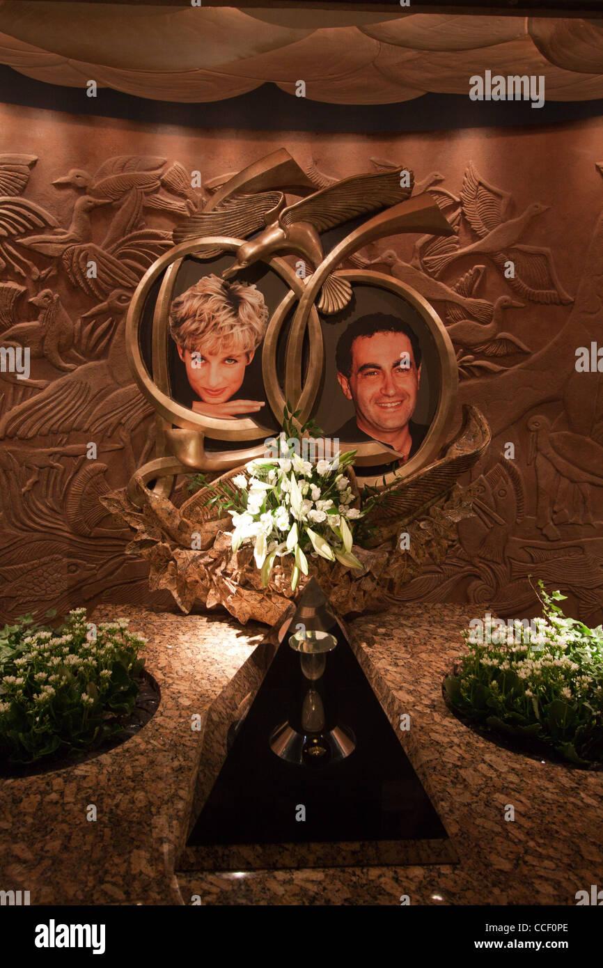 Prinzessin Diana und Dodi Al Fayed Tribut Stockbild