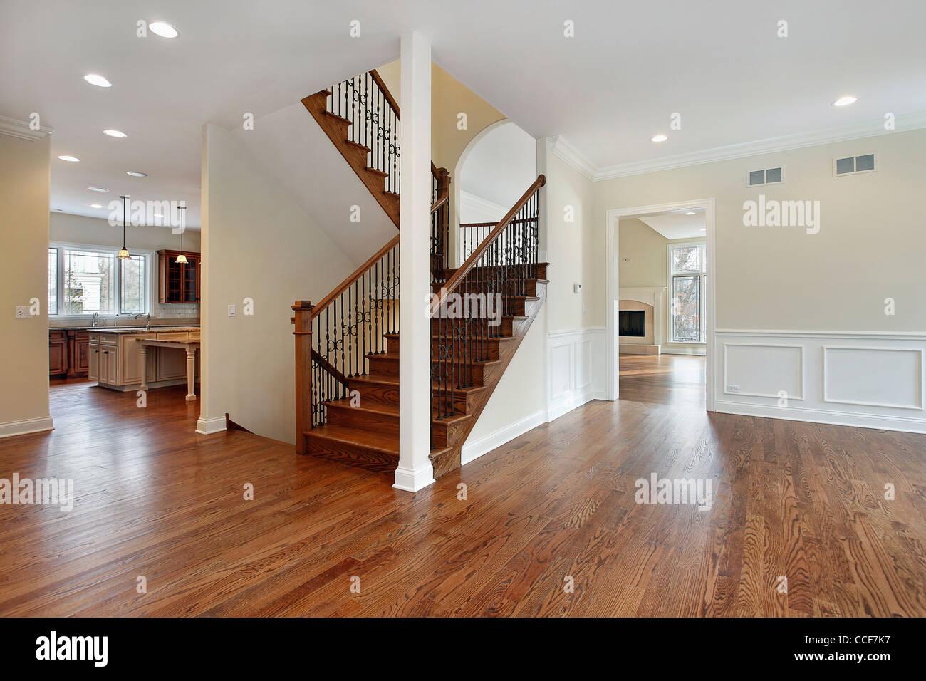 Foyer im Neubau Haus mit Treppe Stockfoto, Bild: 42131915 - Alamy