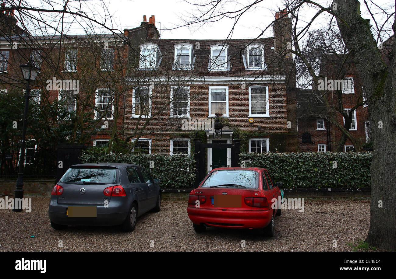 Bilder Von Verschiedenen Neuen Häusern, Die Von George Michael, Kate Moss  Und Jude Law In Highgate, North London Gekauft. London, England   24.01.11
