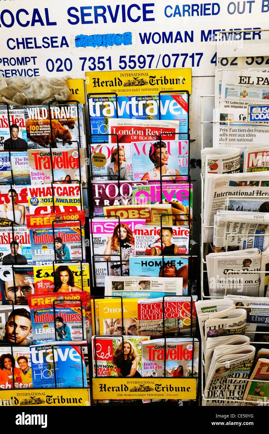 Zeitschriften- und rack Stockfoto