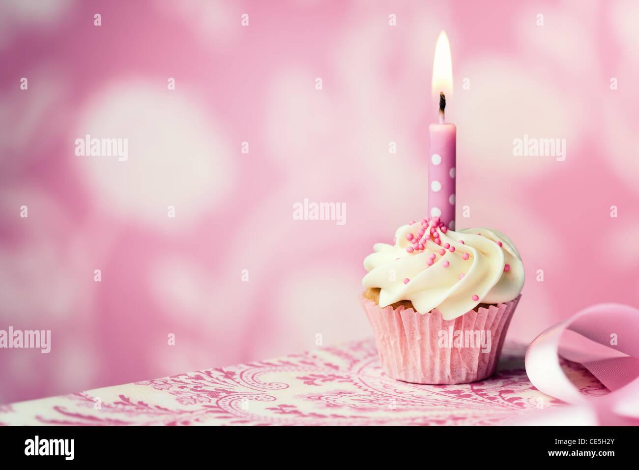 Geburtstag Cupcake Stockfoto Bild 43149091 Alamy