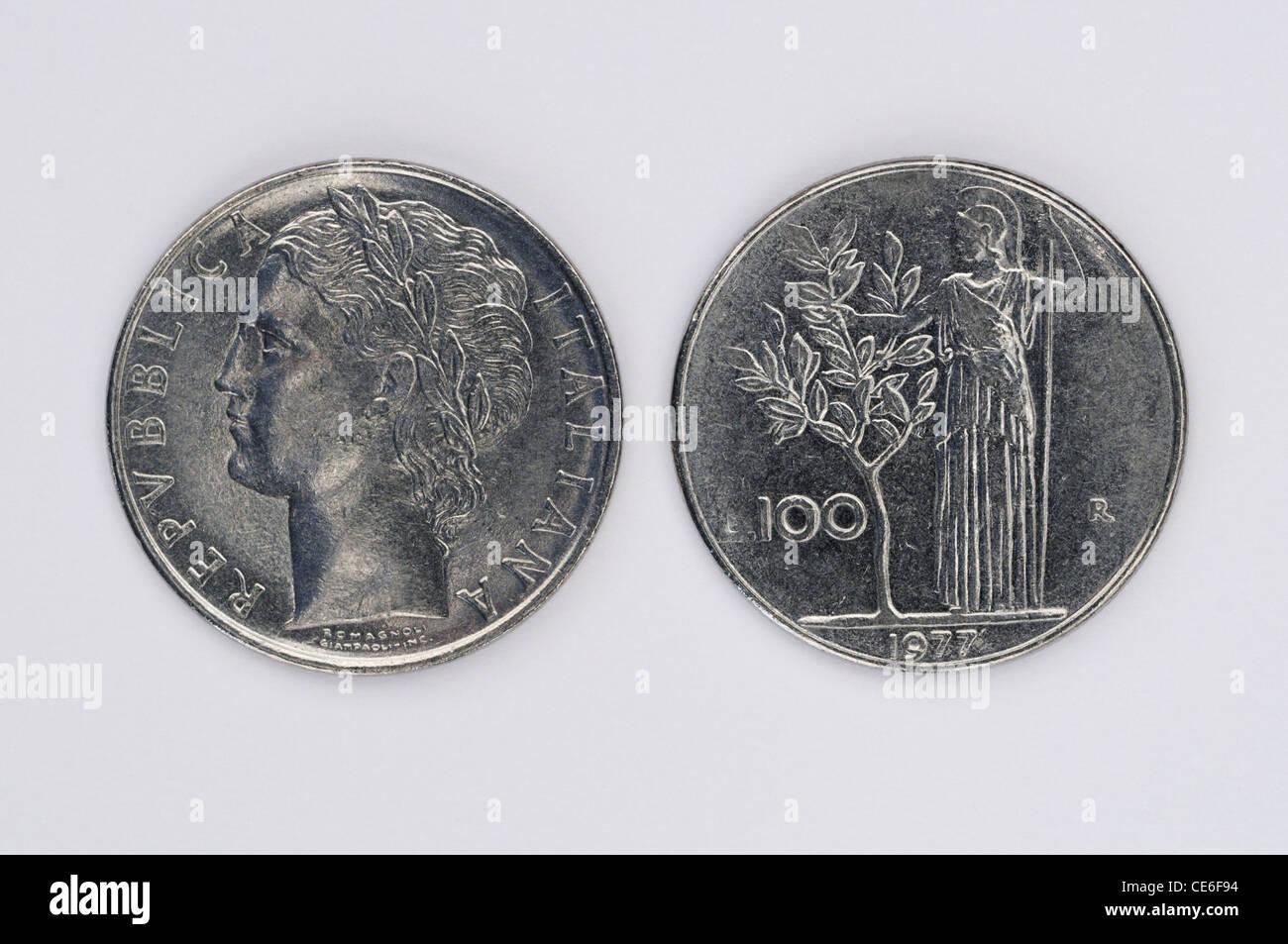Italienische 100 Lire Münzen Stockfoto Bild 43169648 Alamy