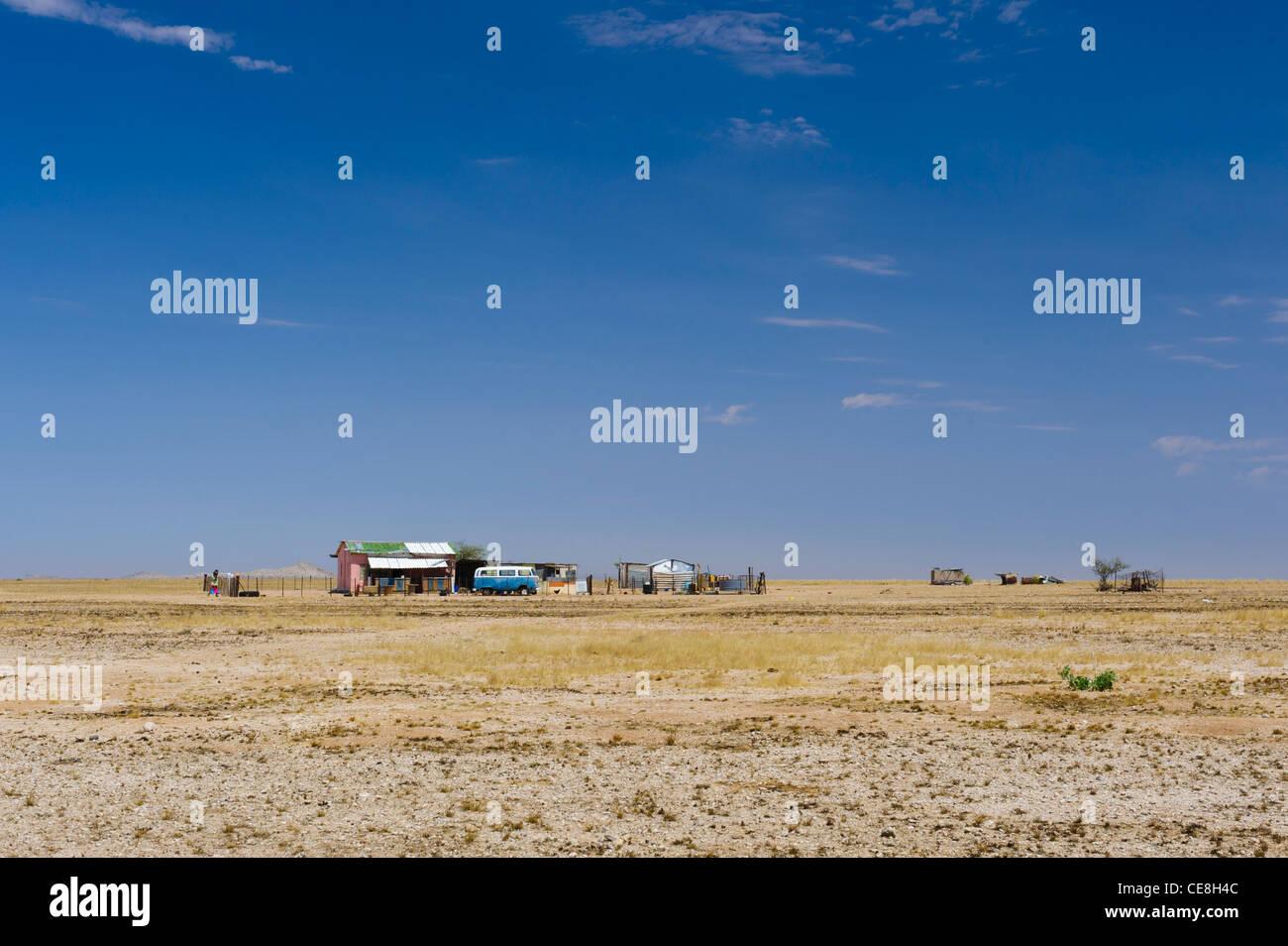 Kleine isolierte Wohnung mitten in nirgendwo im Damaraland, Namibia. Stockfoto