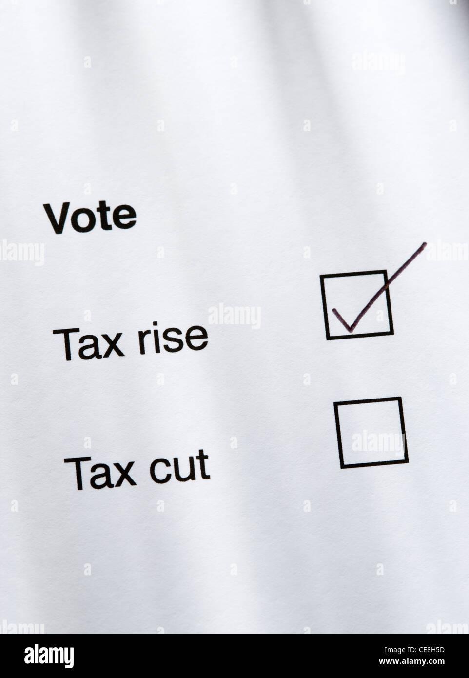 Abstimmung für Steuer-Aufstieg Stockbild
