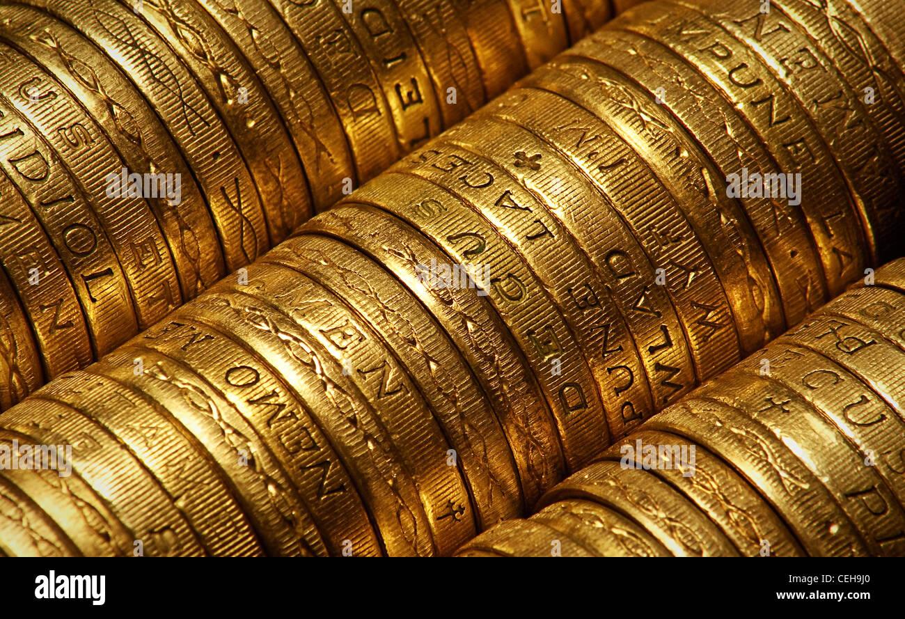 Britische Pfund-Münzen Seitenansicht geeignet für Hintergründe Stockbild